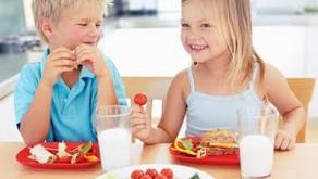 Instituto PENSI publica estudo sobre o consumo excessivo de proteínas e produtos lácteos por criança