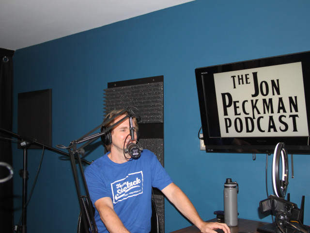 Ep. 17 On this episode, Jon talks with Rich Dart, a percussionist who played for The Monkees, about his experience as a musician.