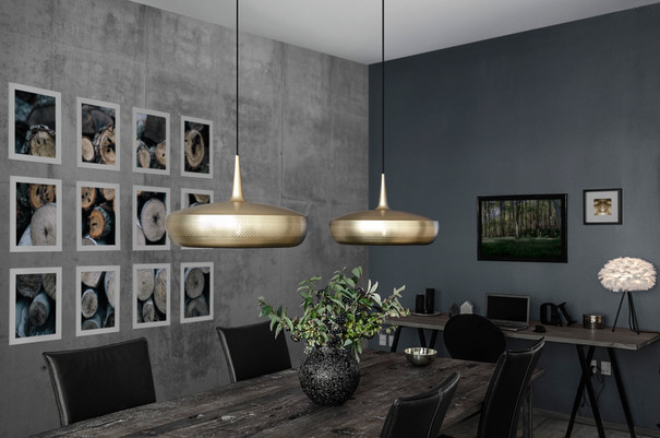 02077_Clava_Dine_brushed_brass_environme
