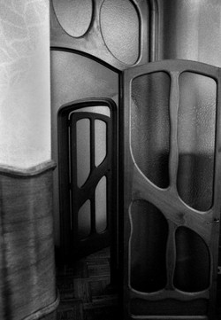 Casa+Batllo+Door,+Spain.JPG