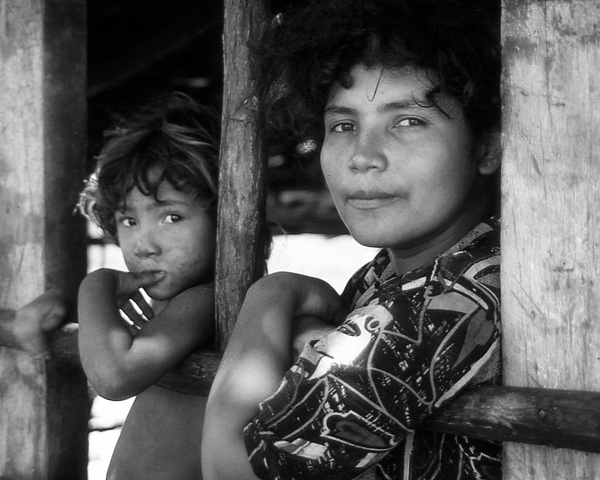 Salvadoran+Family,+El+Salvador.jpg
