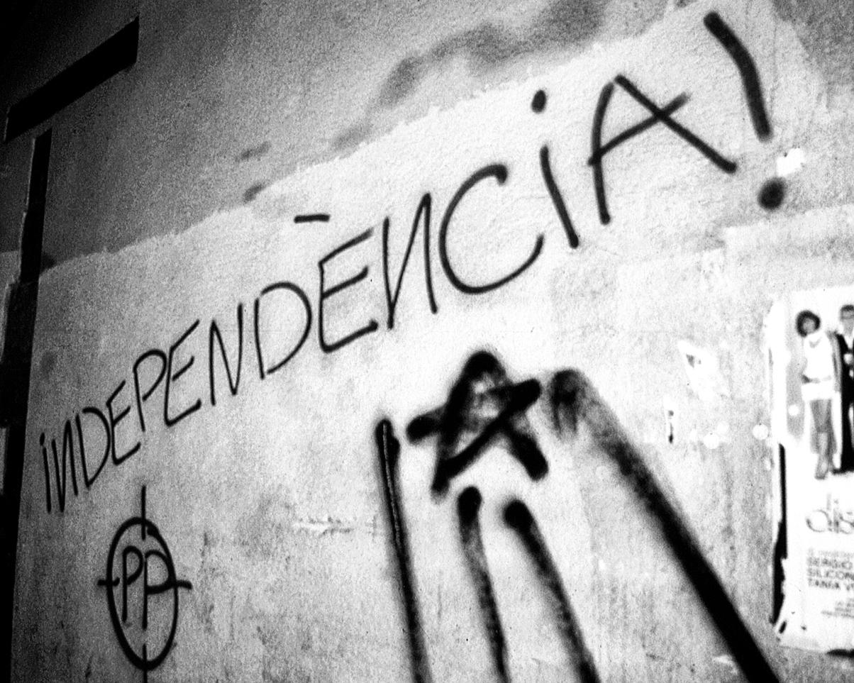 Barcelona+Graffiti,+Spain.jpg
