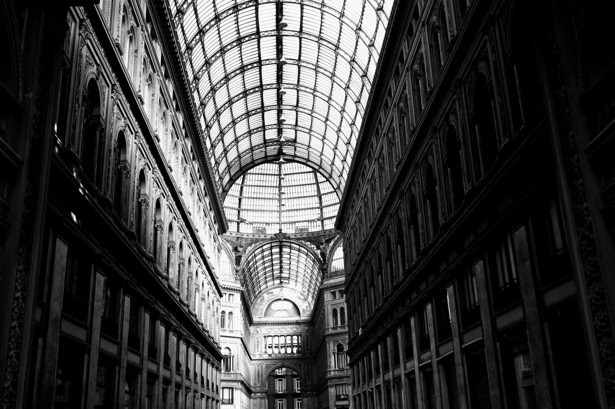 Naples+Galleria,+Italy.jpg