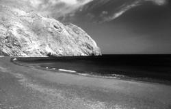Santorini+Perissa+Beach,+Greece.jpg