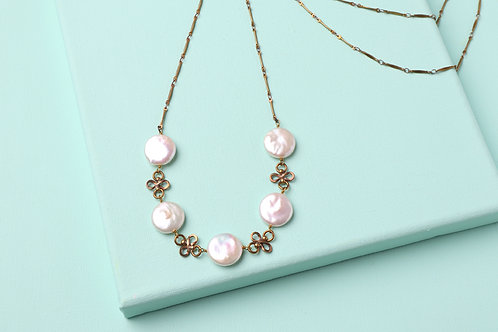 MONA PEARL NECKLACE