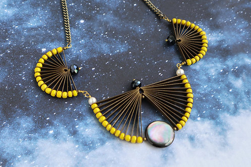 TOTAL ECLIPSE NECKLACE