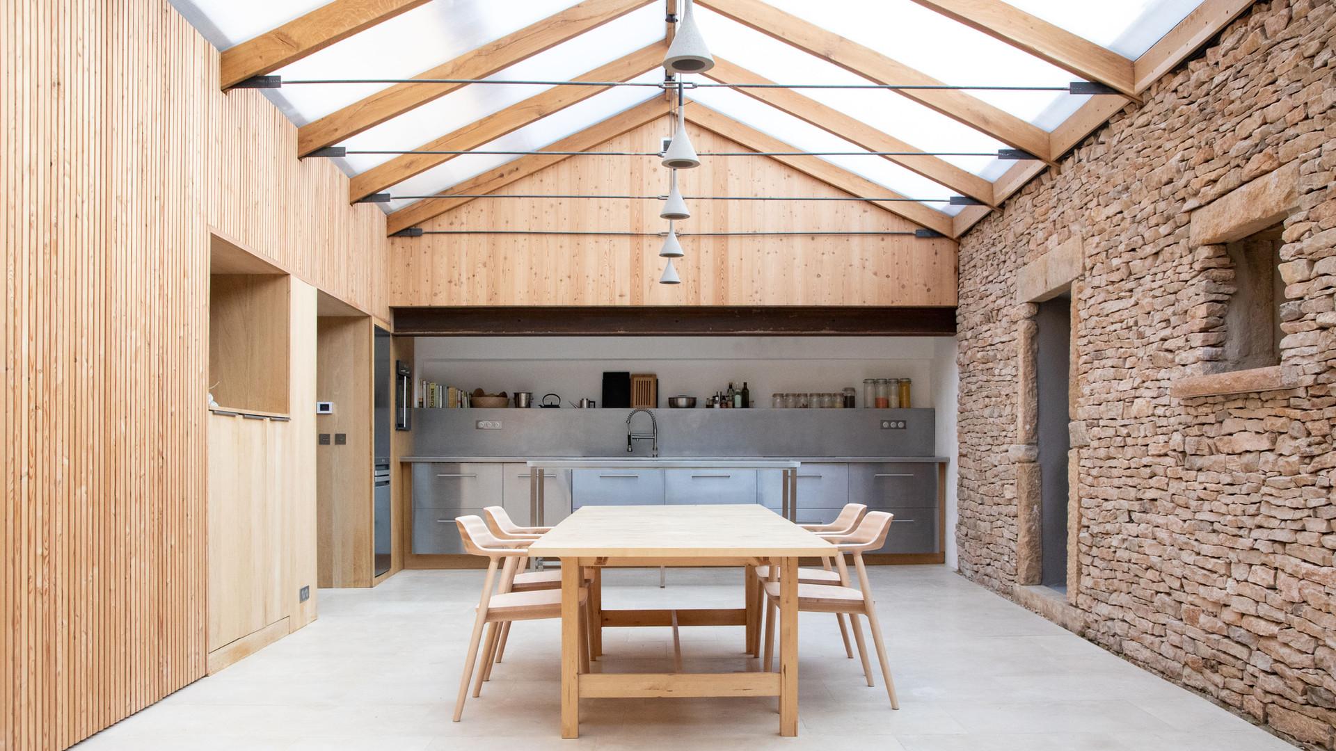kitchen_day_reverse-axis_LT.jpg