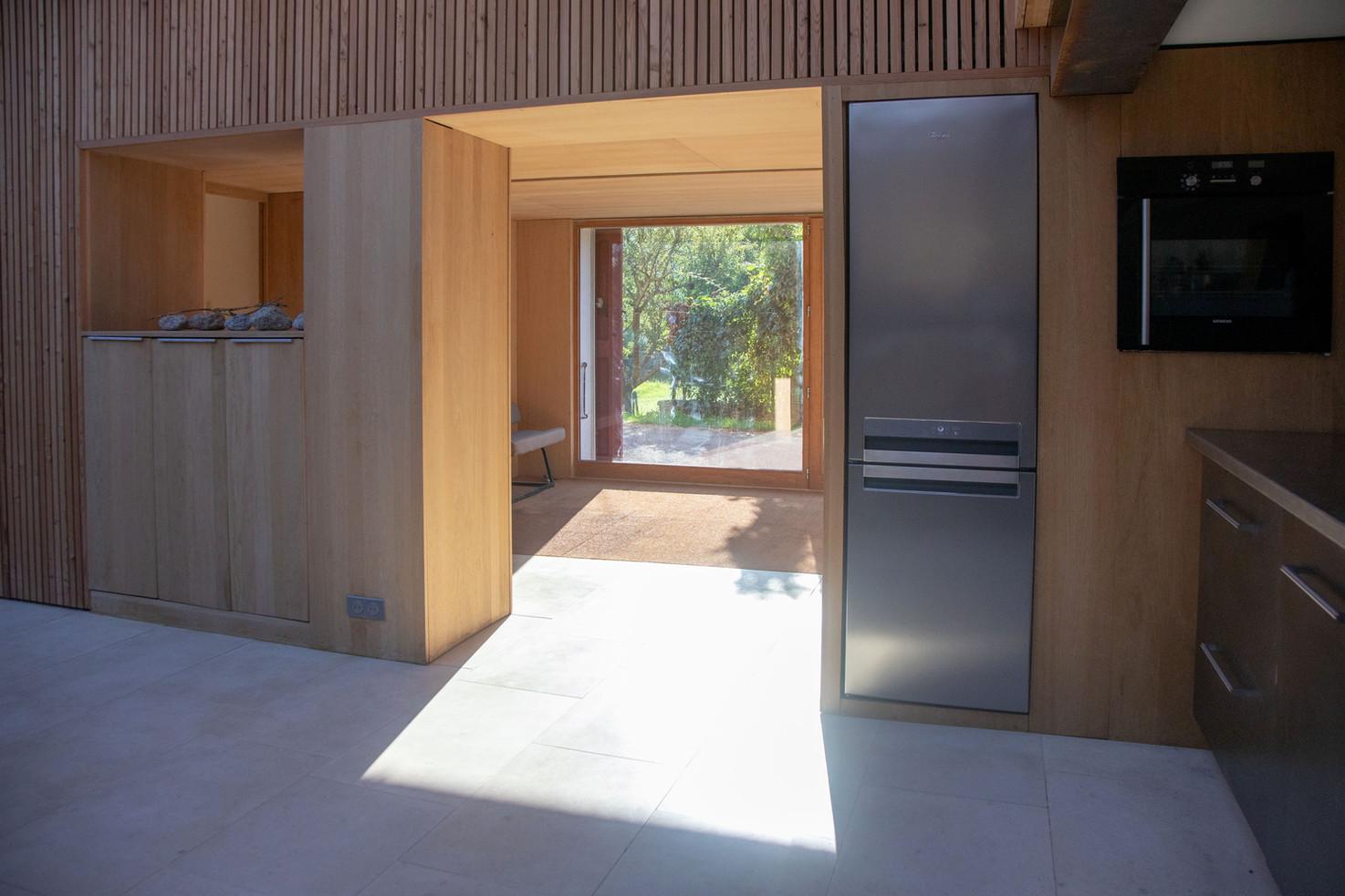 kitchen_towards_door_LT.jpg