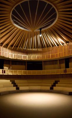 Dreamtheatre interior 4 - light.jpg
