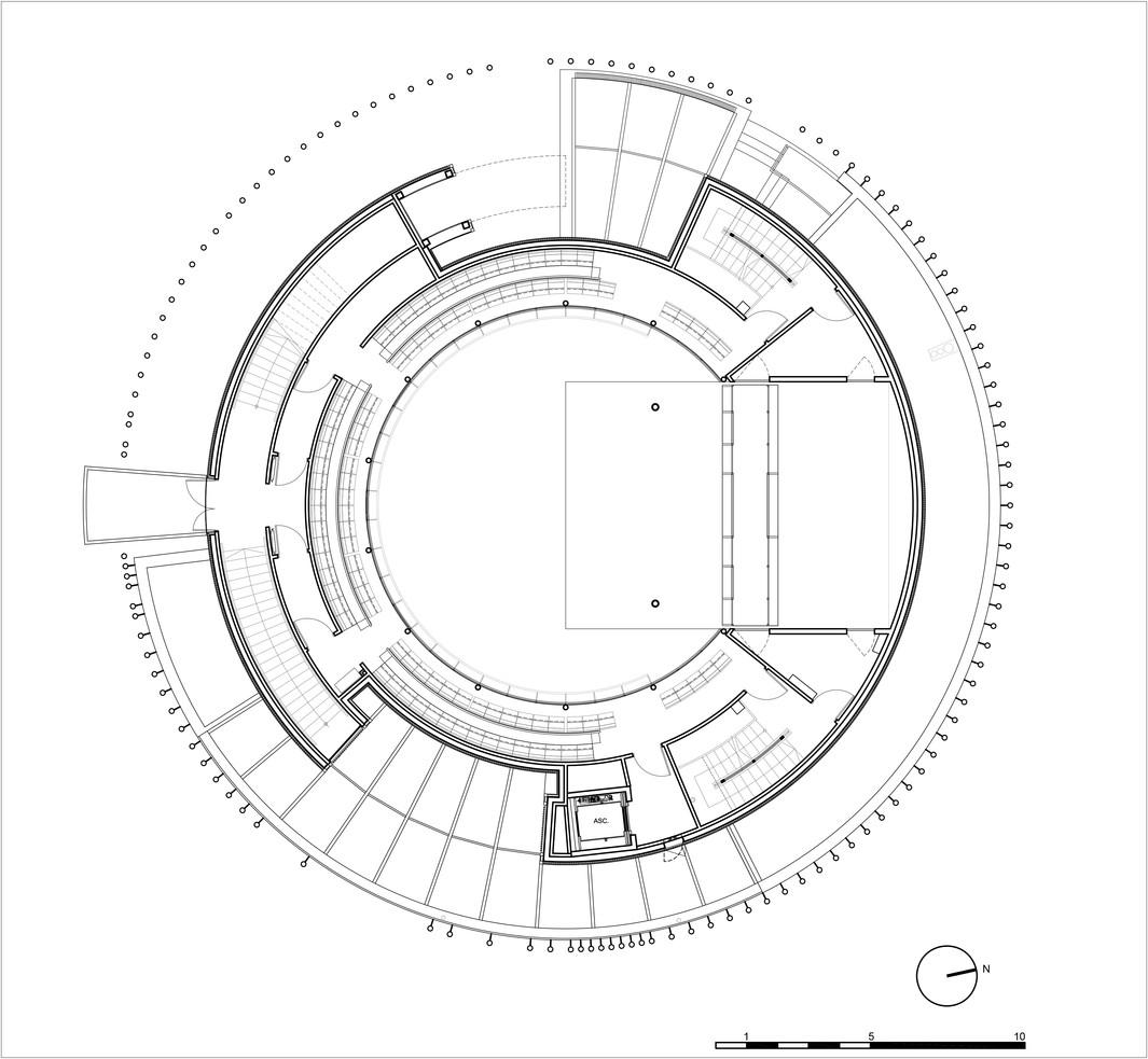 Hardelot 1st balcony plan.jpg