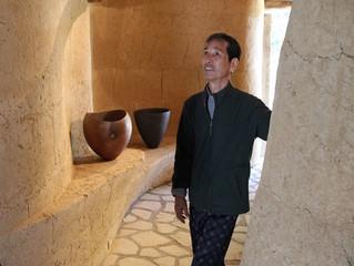 Akira Kuzumi, superstar plaster craftsman