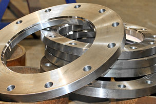 New flanges in the workshop of the plant