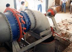 08-Turbine_during_Installation