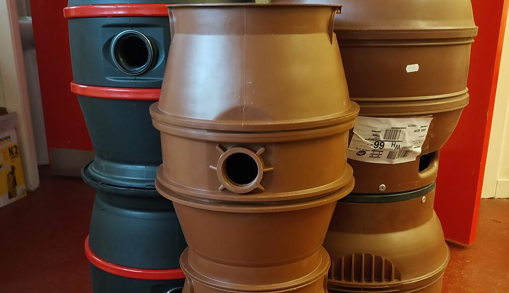 A stack of beer casks