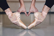 point shoes in heart .jpg