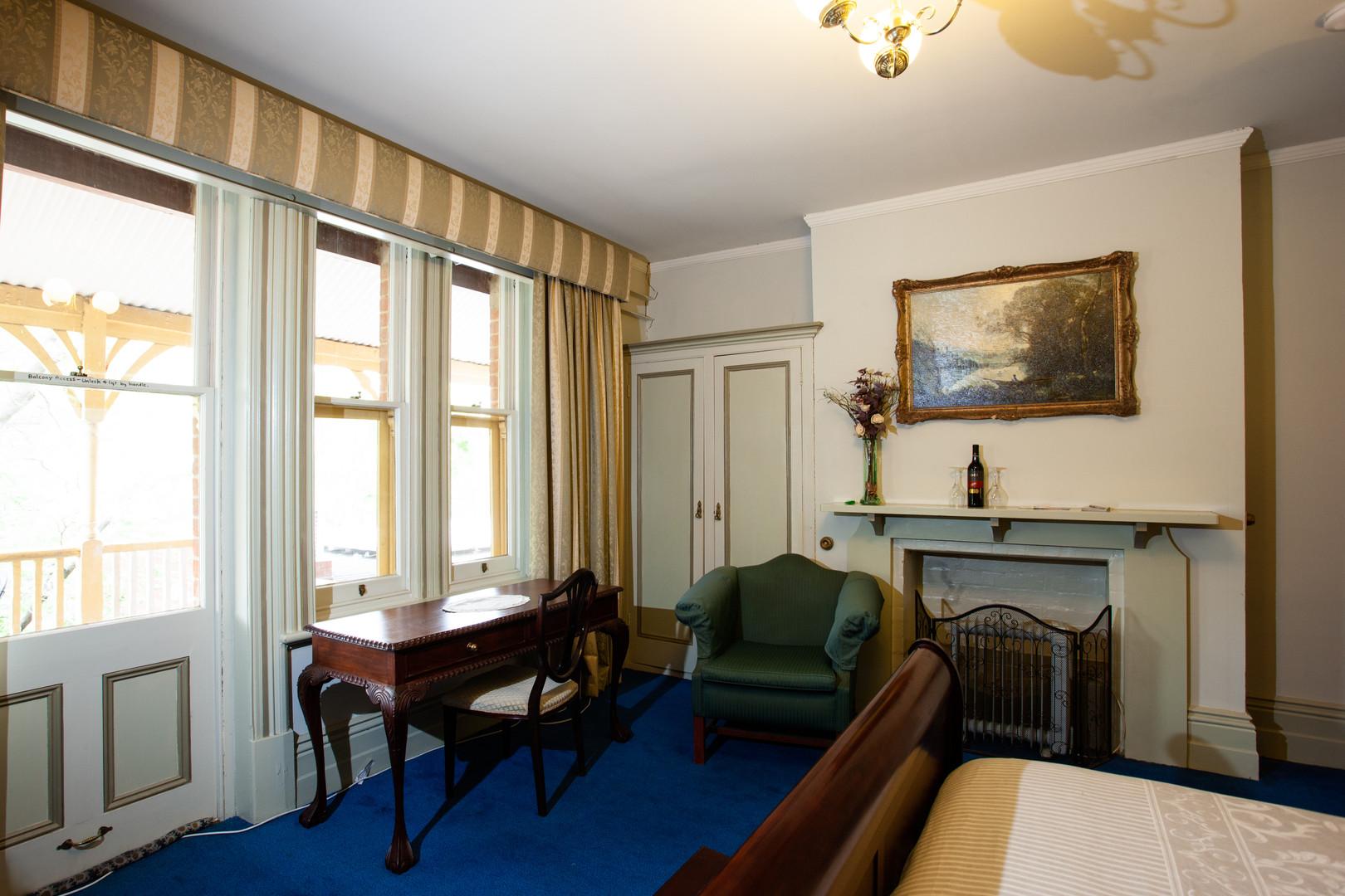 Sandford Room 2 .jpg