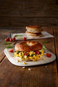Breakfast Bagel_ES.jpg