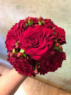Red Hearts Roses