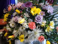 21) Spring Funeral Basket 125+