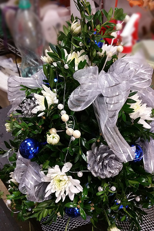Holiday Boxwood Blue and Silver Tree