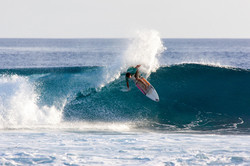 идеальная мальдивская волна