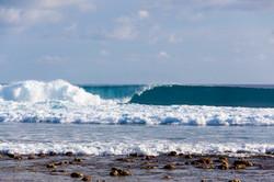 идеальная волна на Мальдивах