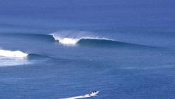 Серфинг на Мальдивах спот Coke's