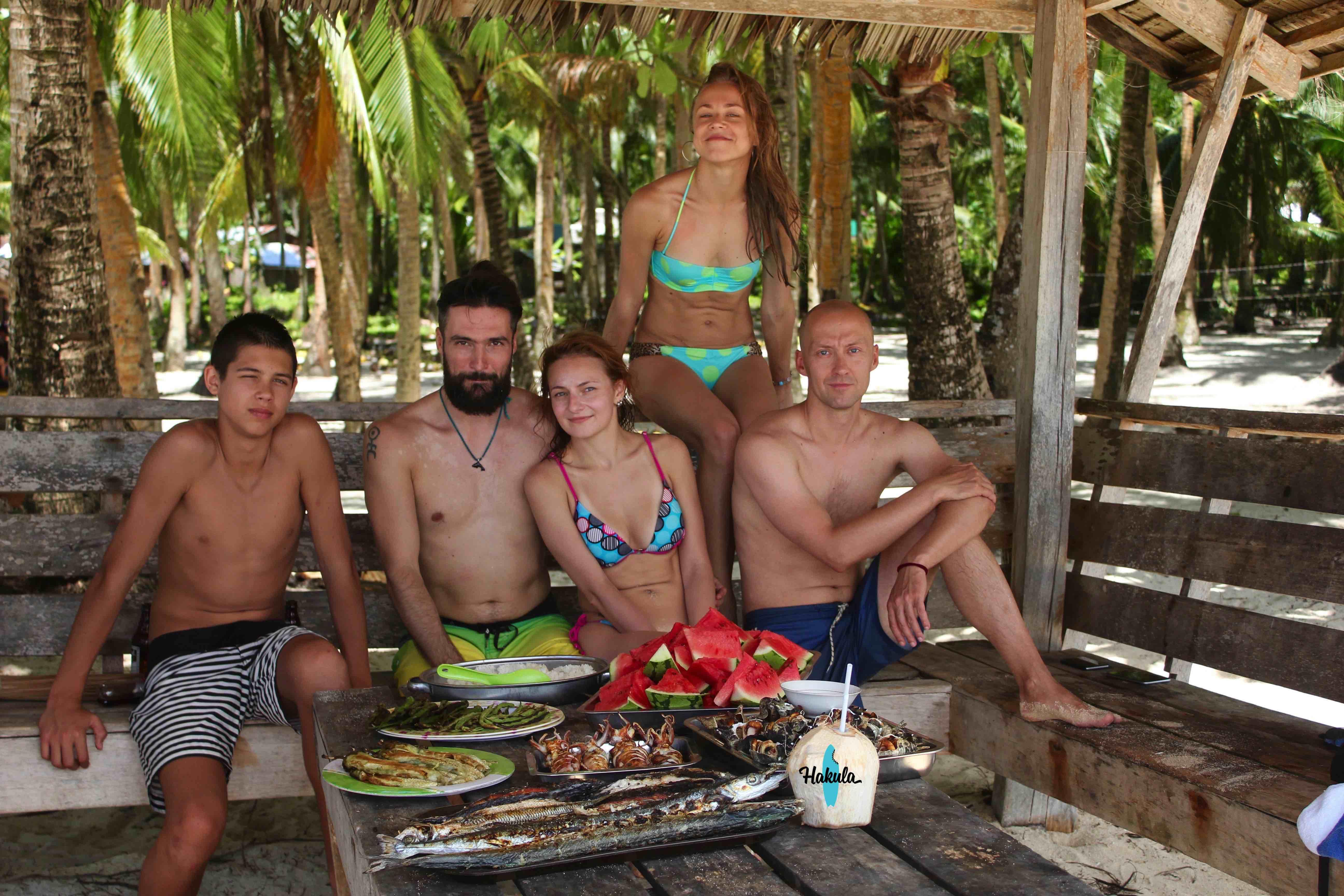 пик на островах