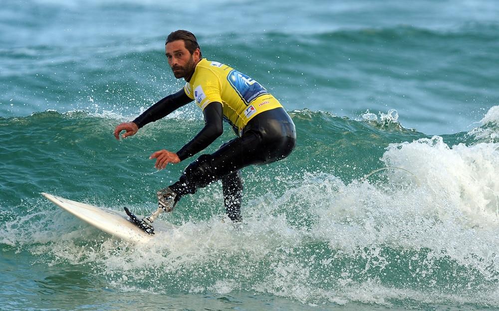 Серфинг в Калифорнии: отвага