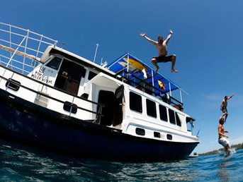 Как проходит день на серф-яхте.