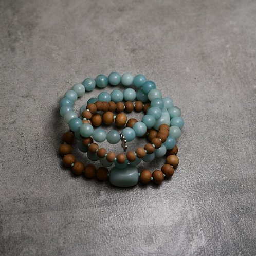 Beautiful Dragon Skin Agate and Amazonite stretchy bracelet