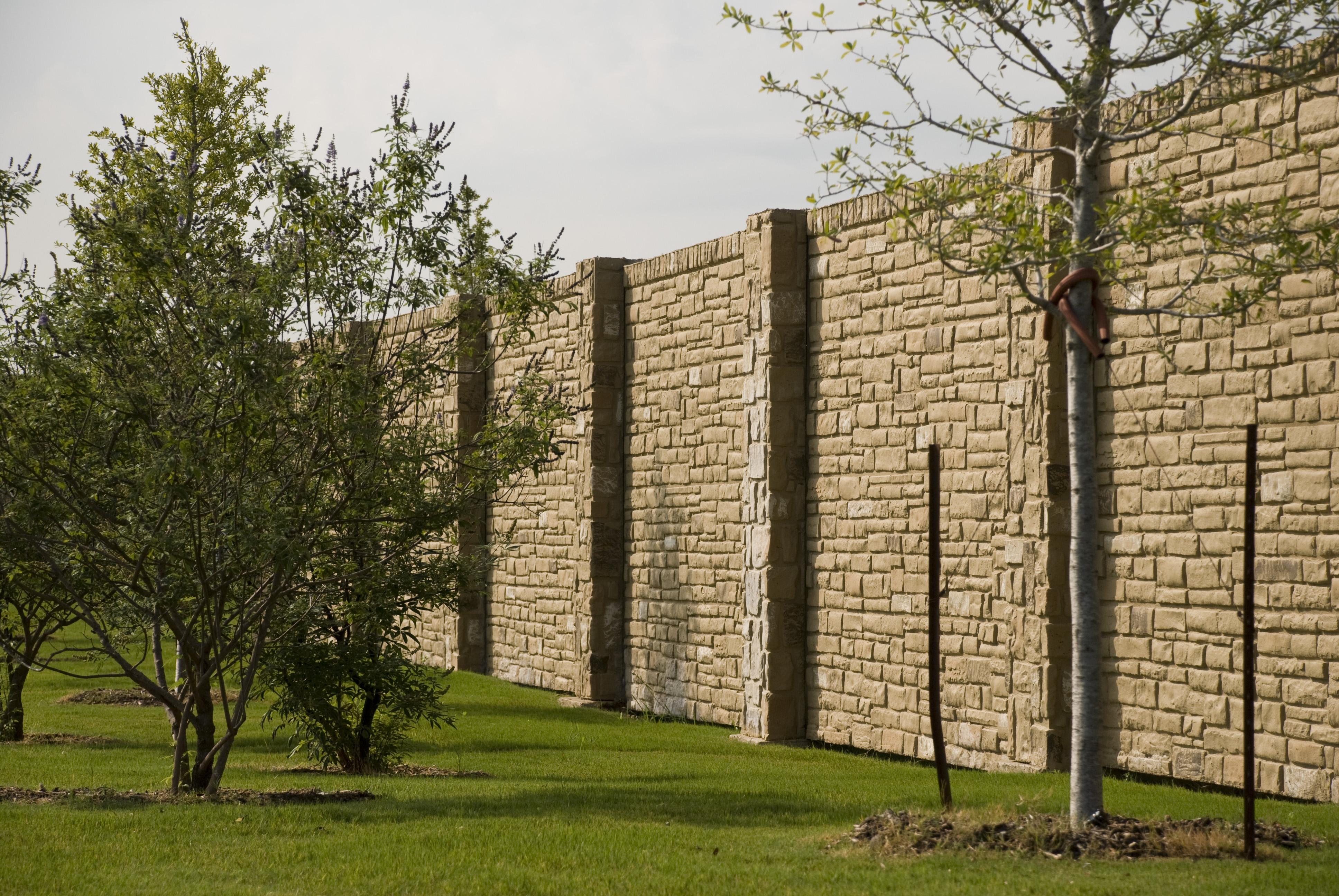 10' wall