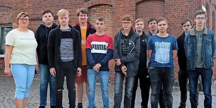Backsteinbauten-im-Fokus-junger-Forscher