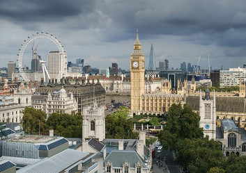 Palace_of_Westminster_from_the_dome_on_M