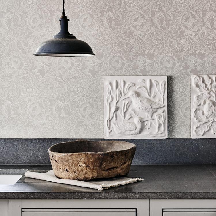 WILLIAM MORRISTAPET PURE POPPY |  Kitchen  wallpaper |блог senko architects | Обои в  современном интерьере: клеить или не клеить? | обои на кухне | обои дизайн интерьера | дизайнер интерьера украина киев
