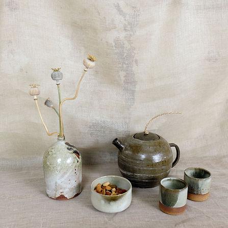teapots 1.jpg