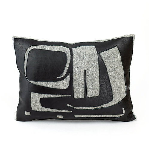 Reversed 'Odradeks' Cushion
