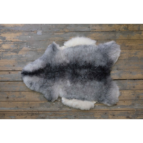 Short Icelandic Sheepskin