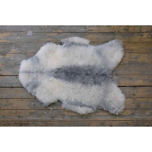 Short Icelandic Sheepskin
