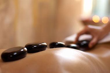 masaje-piedras-calientes.jpg