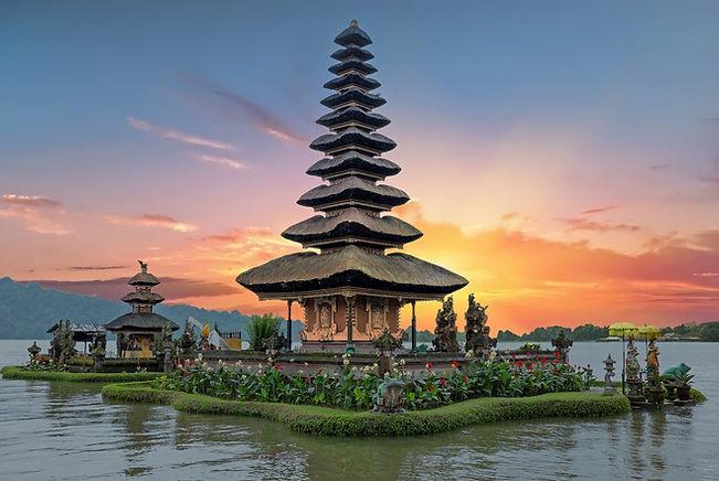 SINGAPUR E INDONESIA