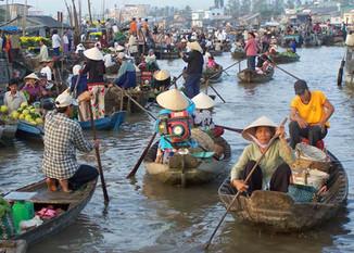 VIETNAM Y CAMBOYA EN CRUCERO