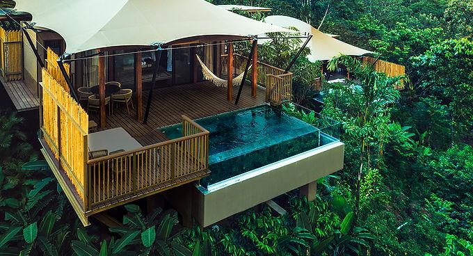 Nayara piscina privada