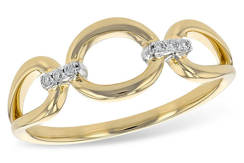 14 Kt. Yellow Gold and Diamond Fashion Ring