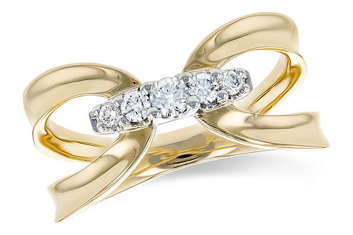 14 Kt. Yellow Gold and Diamond Fashion Band