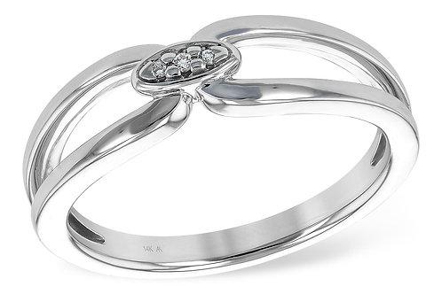14 Kt. White Gold and Diamond Split Shank Ring