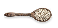 white-beans-wooden-spoon-isolated.jpg