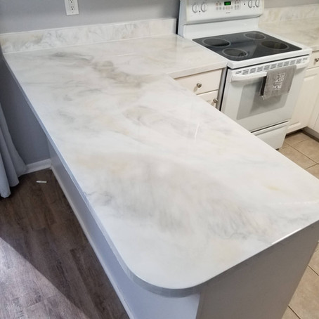 Kitchen countertop and backsplash installation