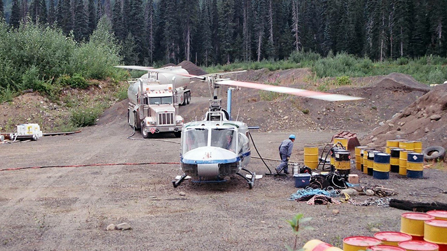 AVIATION-chopper-on-ground