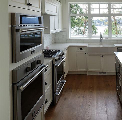 Portrait---narrow-kitchen.jpg